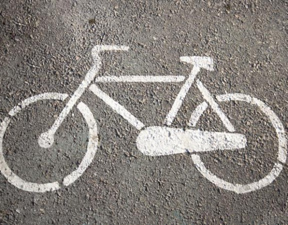 bicycle_parking_symbol-750